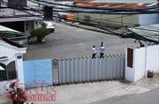 Sập tường nhà kho, 2 công nhân bị đè tử vong