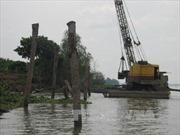 Tiền Giang: Sạt lở bờ sông diễn biến phức tạp