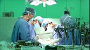 Lần đầu tiên bệnh viện phẫu thuật tim mạch không chẻ xương ức