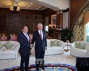 Phó Thủ tướng Trương Hòa Bình chào xã giao Thủ tướng Malaysia Najib Razak