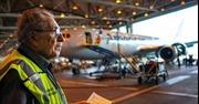 Cụ ông 91 tuổi lập kỷ lục về tình yêu với nghề cơ khí hàng không