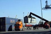Hàng trăm container nguyên liệu điều đã được thông quan