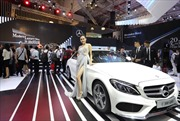 Mercedes-Benz giới thiệu C-Class mới tại Triển lãm Ô tô Việt Nam 2017
