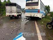 Xe container liên tiếp gây tai nạn, 2 người chết, 3 người bị thương