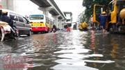 Hà Nội, cứ mưa lớn là ngập nặng nhiều nơi