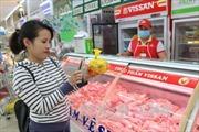 Truy xuất nguồn gốc thịt lợn: Người chăn nuôi gặp khó khi mua vòng