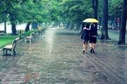 Ngày 12/9: Cả nước có mưa dông, Trung Bộ có nơi trên 35 độ