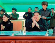 Cựu đặc nhiệm Mỹ gợi ý cách 'độc' giải quyết khủng hoảng Triều Tiên