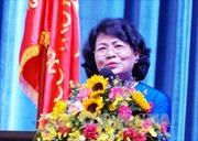 Phó Chủ tịch nước trao học bổng cho học sinh nghèo tỉnh Hậu Giang