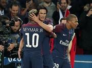 Neymar và Cavani đồng lòng, PSG bắn hạ Hùm xám