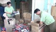 Quảng Nam bắt xe container chở đầy đồ chơi bạo lực