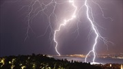 Lưu ý dùng đồ điện trong mùa mưa bão để không bị giật
