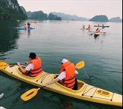 Vịnh Hạ Long: Các cơ sở kinh doanh dịch vụ phải niêm yết giá bằng 3 thứ tiếng