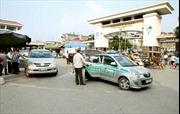 Bệnh viện Bạch Mai đình chỉ 2 bảo vệ chặn xe cứu thương ngoại tỉnh