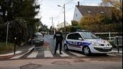 Cảnh sát Pháp xả súng và tự sát sau khi chia tay bạn gái