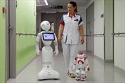 Người máy đầu tiên vượt qua kỳ thi cấp phép hành nghề y, sẽ có robot 'bác sĩ'?