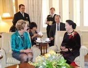 Chủ tịch Quốc hội Nguyễn Thị Kim Ngân gặp Thống đốc bang Tây Australia