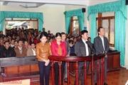 Hà Tĩnh: Gây thất thoát tiền hỗ trợ, 5 cán bộ UBND xã hầu tòa