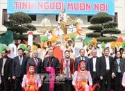 Chủ tịch Quốc hội thăm và chúc mừng Giáng sinh Giáo phận Thanh Hóa