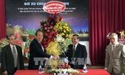Phó Thủ tướng Trương Hòa Bình thăm các tổ chức tôn giáo tại Kon Tum