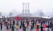 Người Triều Tiên nhảy múa tưng bừng mừng sinh nhật bà nội ông Kim Jong-un