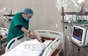 Bác sỹ bị người nhà bệnh nhân đánh dập mũi khi đang trực cấp cứu