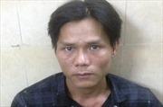 Tài xế taxi bắt cướp lấy lại tài sản cho nữ du khách nước ngoài