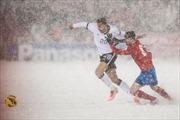 Ngoài U23 Việt Nam, nhiều đội tuyển thế giới đã từng phải đá bóng dưới tuyết dày đặc