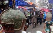 Độc đáo phiên chợ đồ cổ duy nhất trong năm ở Hà Nội