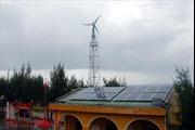 Hoàn thành việc bảo dưỡng hệ thống năng lượng sạch trên quần đảo Trường Sa