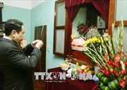 Chủ tịch Trần Thanh Mẫn dâng hương tưởng nhớ Bác Hồ tại Nhà 67