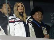 Hình ảnh 'ái nữ' Tổng thống Trump ngồi sát Tướng tình báo Triều Tiên