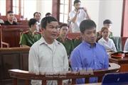 Hoãn phiên tòa xử vụ đâm sập cầu Ghềnh vì vắng mặt bên định giá thiệt hại