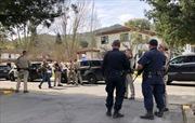 Nổ súng ở Mỹ, 3 người bị bắt làm con tin