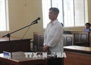 Nguyên trưởng phòng thanh tra phòng chống tham nhũng được trả tự do tại tòa