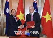 Thủ tướng ký Tuyên bố chung về thiết lập quan hệ Đối tác Chiến lược Việt Nam - Australia