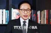 Cựu Tổng thống Hàn Quốc Lee Myung-bak bị kết án 15 năm tù giam