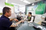Vietcombank tiếp tục điều chỉnh phí dịch vụ ngân hàng