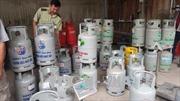Nhức nhối việc dùng chai gas mini tái chiết nạp do giá siêu rẻ