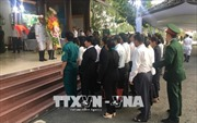 Đông đảo người dân đến viếng nguyên Thủ tướng Phan Văn Khải tại tư gia