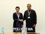 Chủ tịch Quốc hội Nguyễn Thị Kim Ngân gặp Chủ tịch Quốc hội Sri Lanka