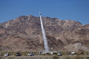 Nhập viện vì bay bằng tên lửa tự chế để chứng minh 'Trái Đất phẳng'