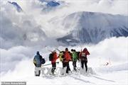 Trận lở tuyết nghiêm trọng tại Thụy Sĩ cuốn đi hai người leo núi