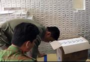 Bắt đối tượng tàng trữ 16.000 gói thuốc lá lậu tại nhà trọ