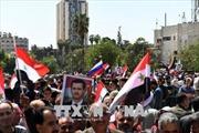 Người dân Syria rầm rộ tuần hành ủng hộ Tổng thống al-Assad