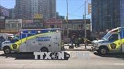 Xe tải lao vào người đi bộ ở Canada, 9 người chết