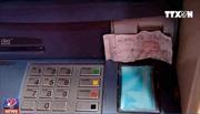 Ngân hàng không thể 'vô can' khi xảy ra mất tiền trong thẻ ATM