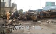 Hải Phòng: Hai xe container bốc cháy sau vụ va chạm mạnh, hai người thiệt mạng