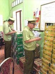 Bắt giữ xe ô tô vận chuyển rượu, bia nhập lậu từ Trung Quốc