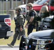 Sát thủ Mỹ 17 tuổi vác súng của bố tới trường bắn chết 10 bạn học